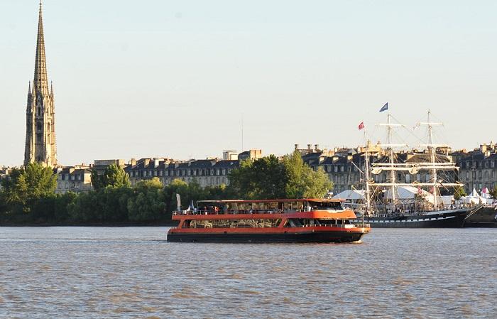 Diner Croisière Bordeaux River Cruise