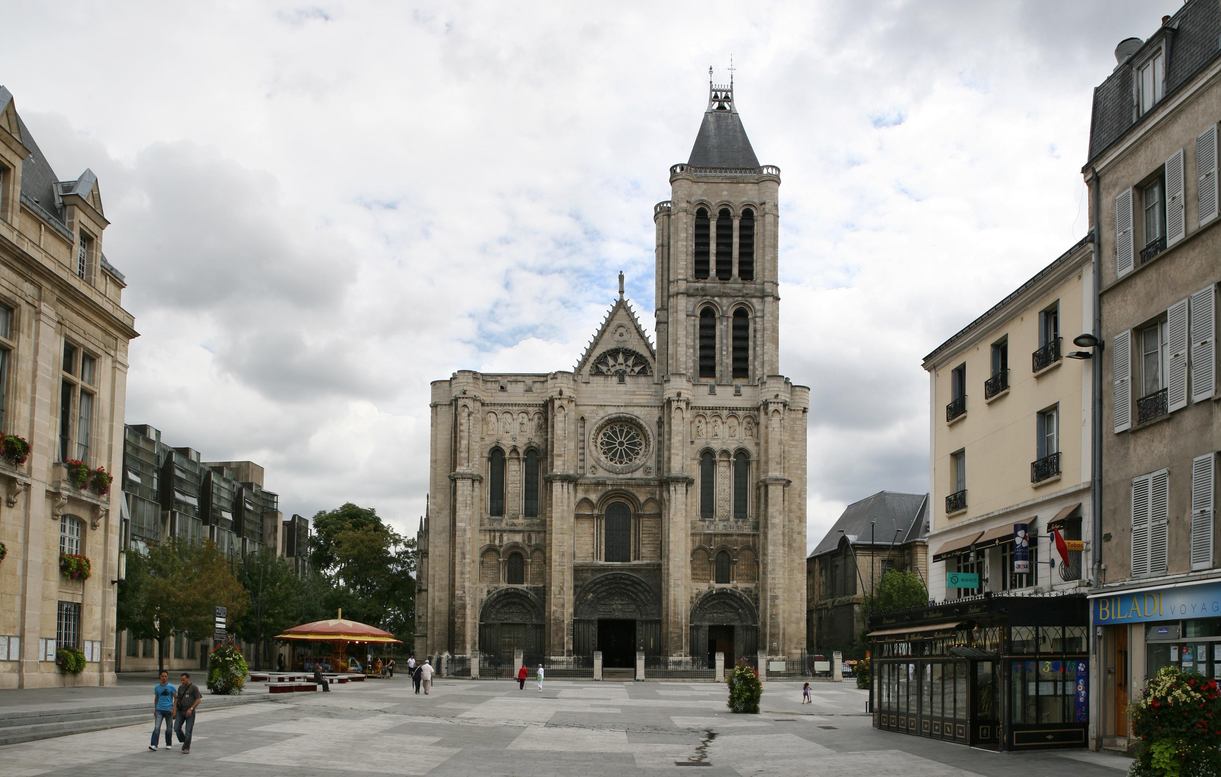 basilique-saint-denis-cathedrale-facade-exterieure.jpg