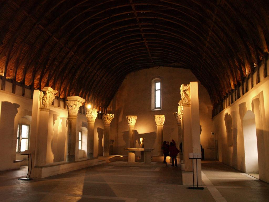 abbaye-de-cluny-1.jpg