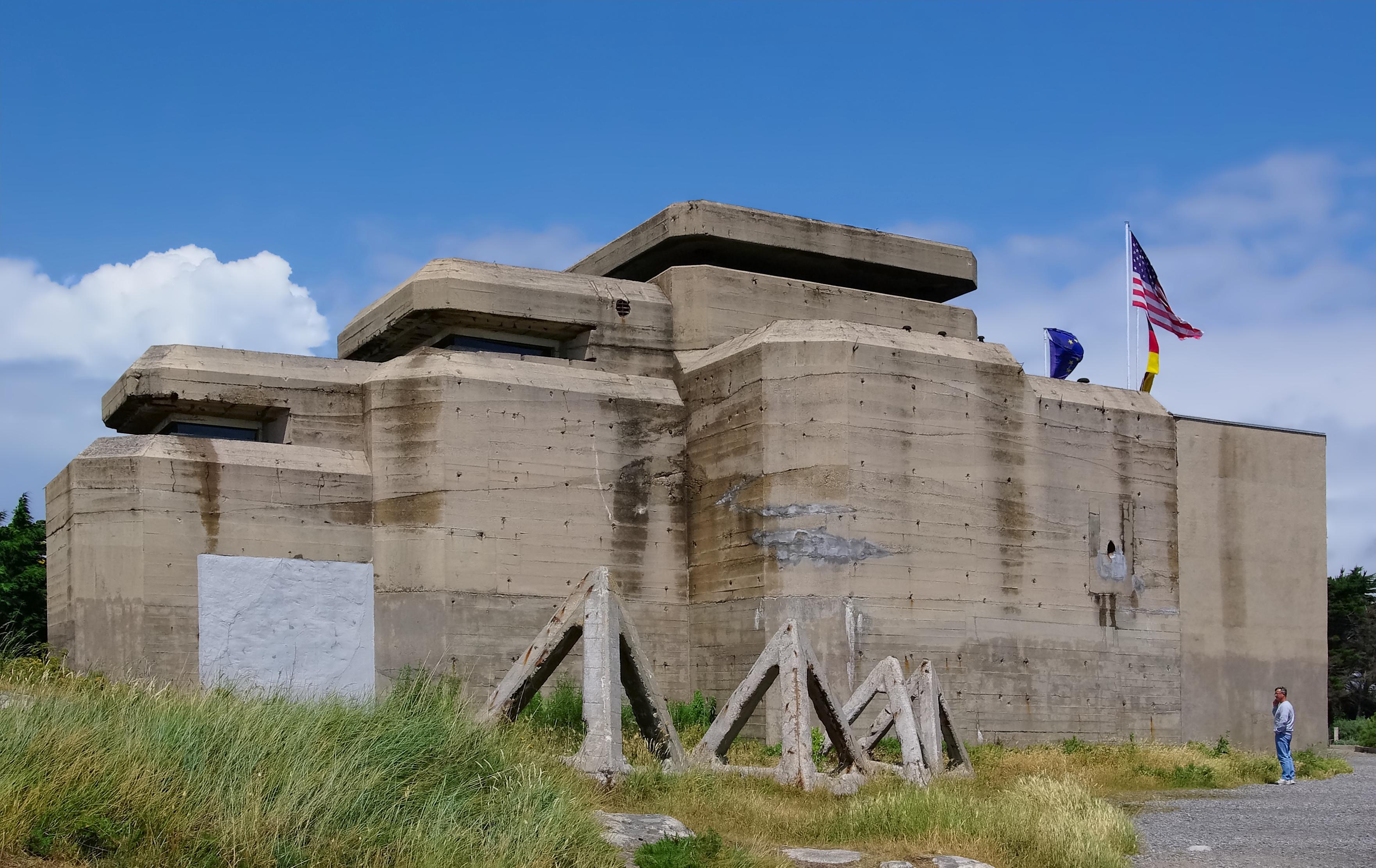 254-batz-sur-mer_44_grand_blockhaus.jpg