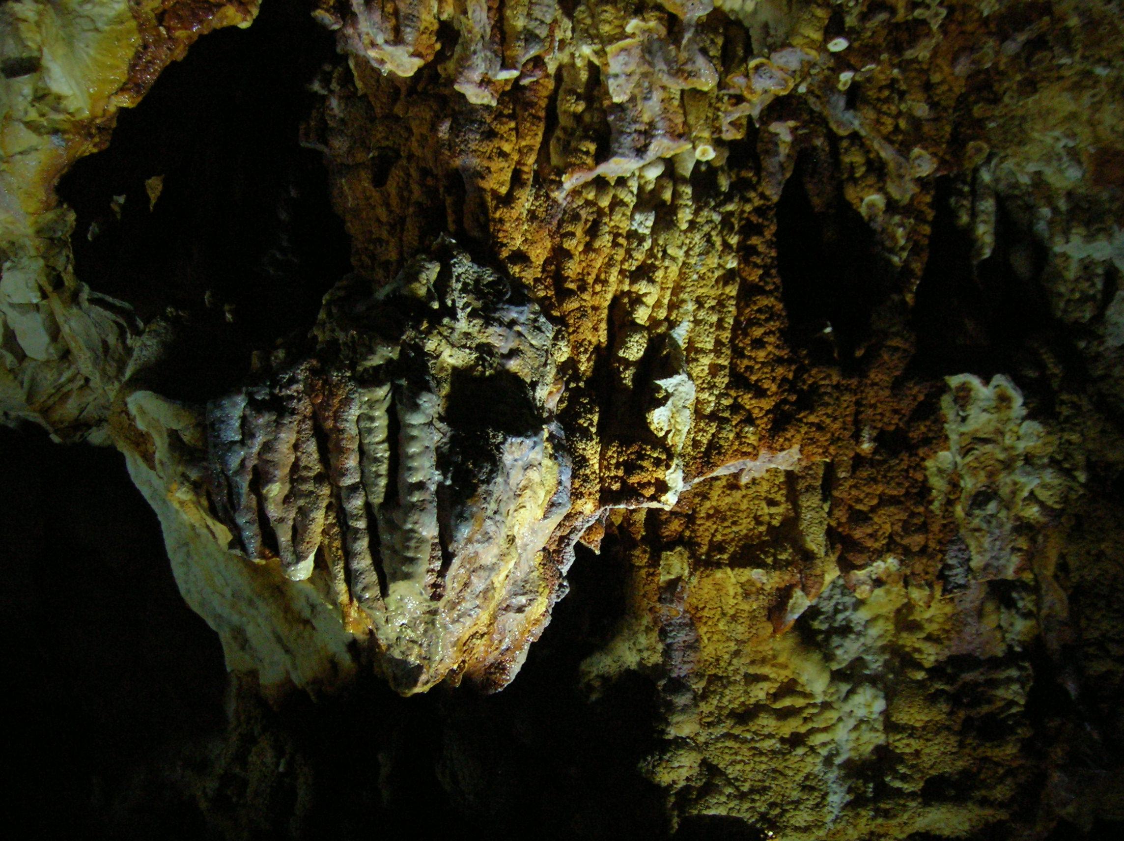284-grotte-de-thais-drome.jpg