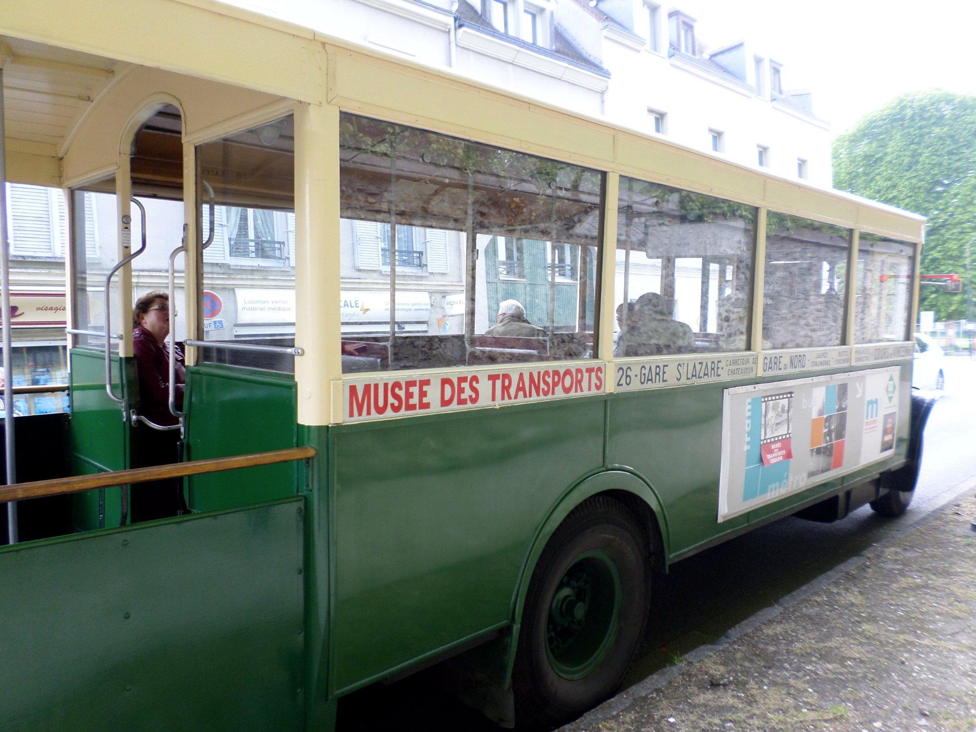 306-bus-parisien.jpg