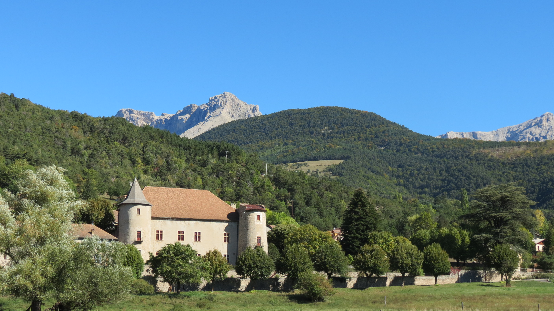 326-chateau_de_montmaur-hautes-alpes.jpg