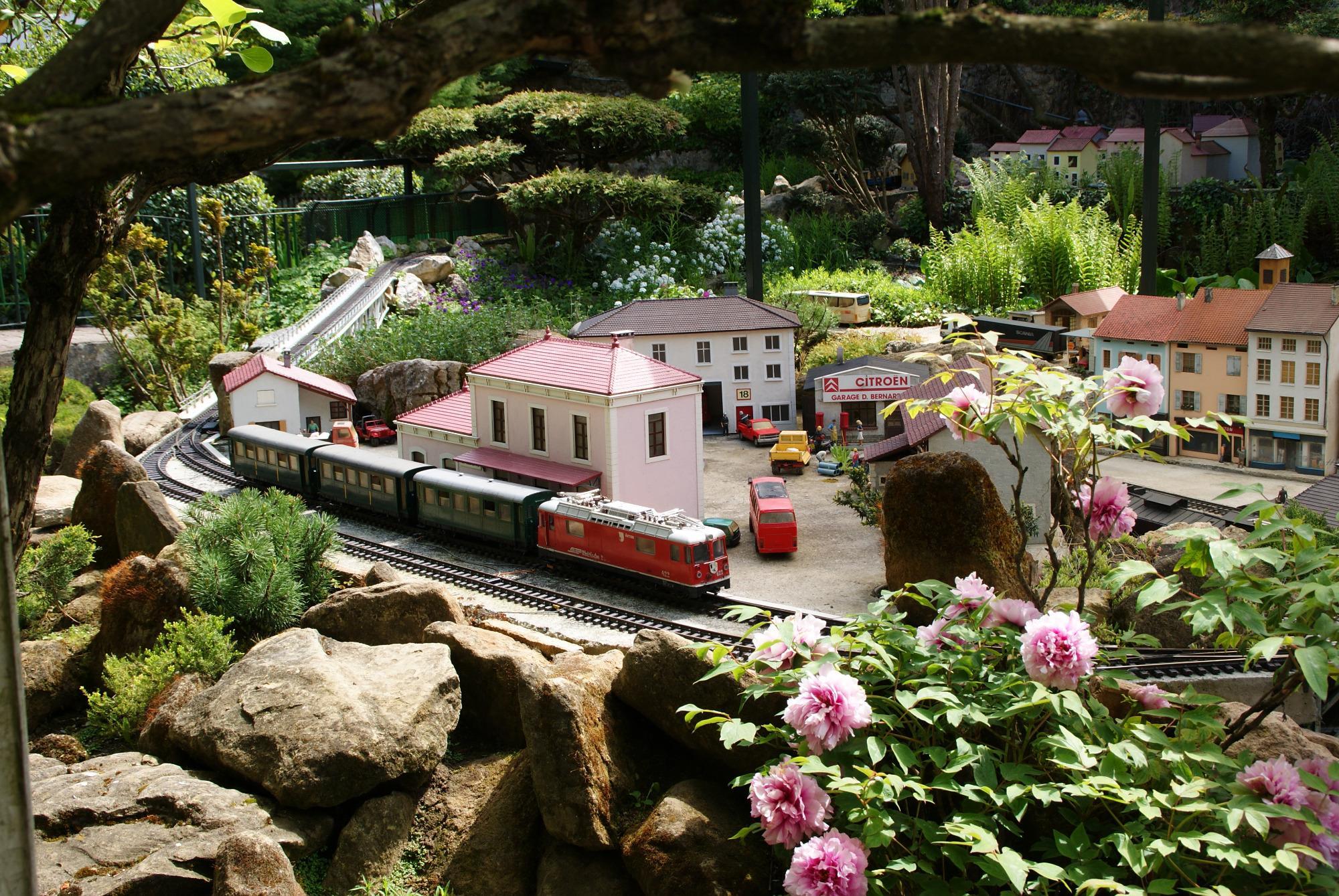 372-jardin-ferroviaire.jpg