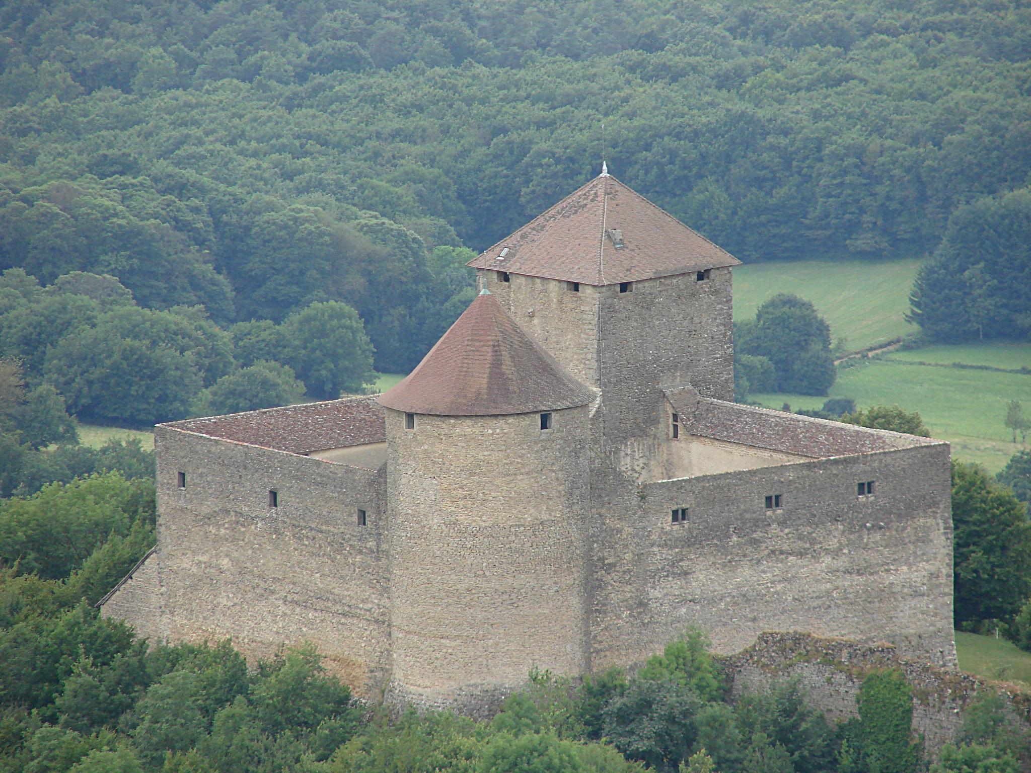 487-chateau_des_allymes2.jpg