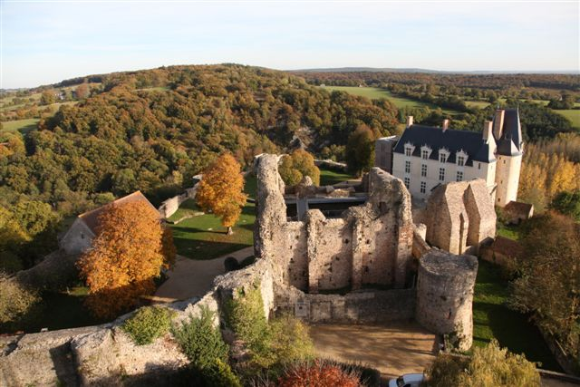 585-ste-suzanne-53-chateau.jpg