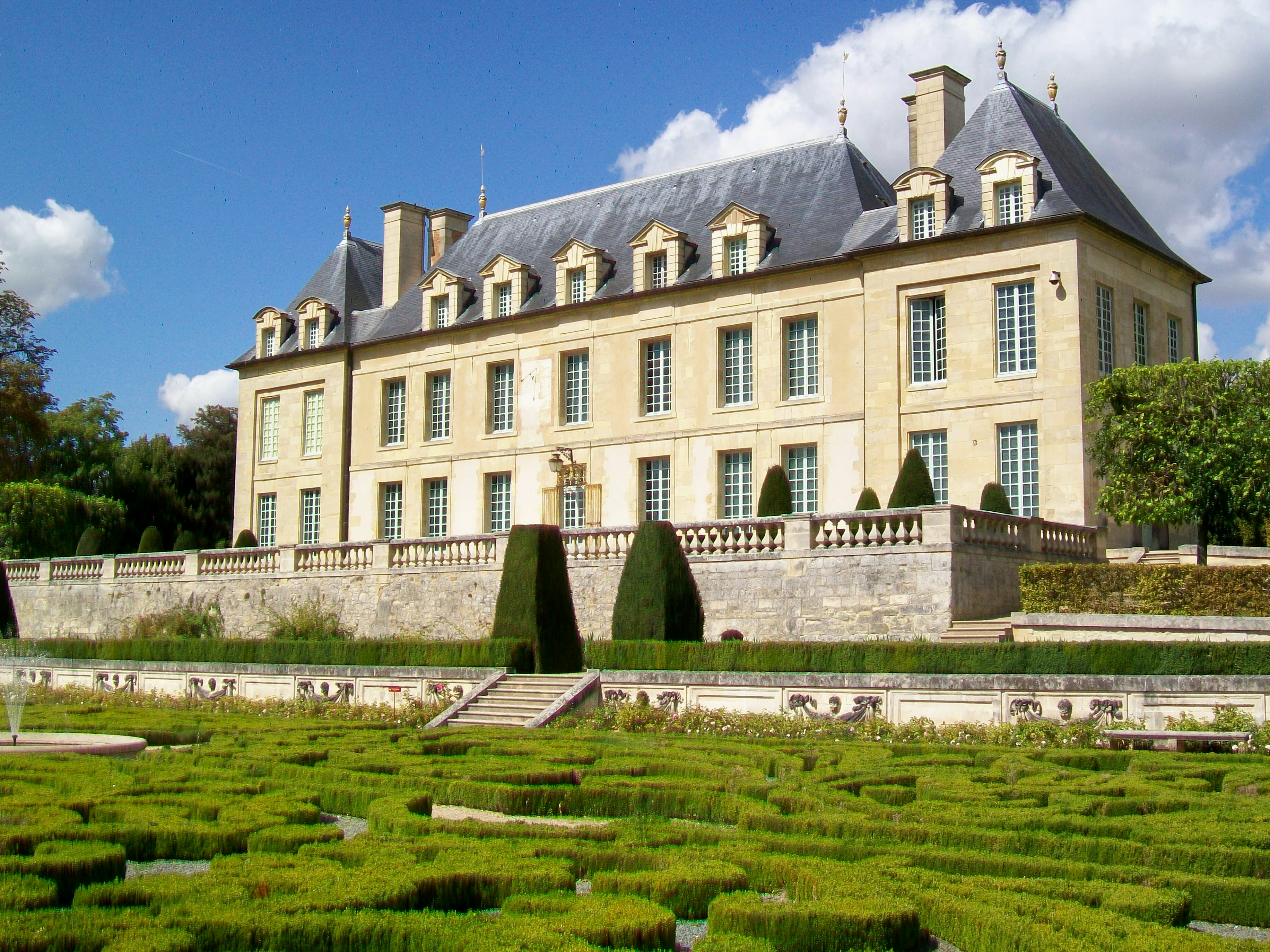 706-auvers-sur-oise-chateau.jpg