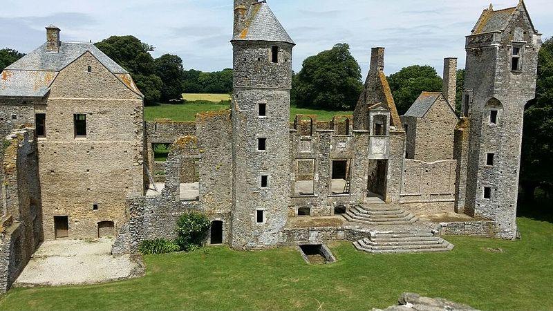 745-chateau-de-gratot-normandy.jpg