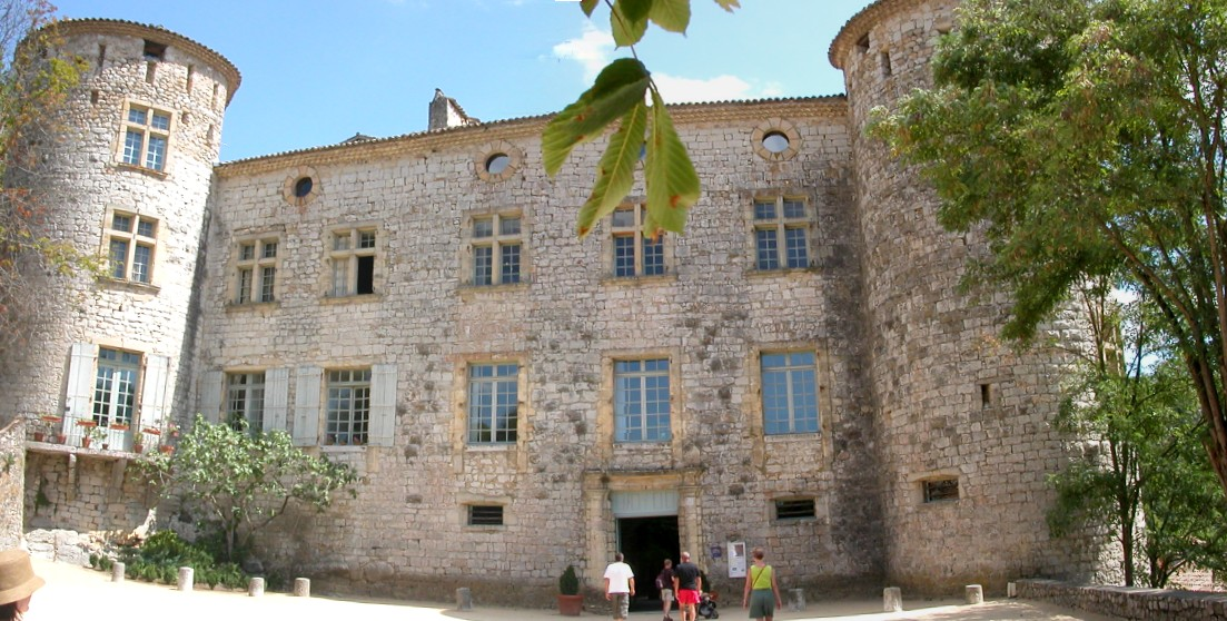 1211-chateau-vogue-ardeche.jpg