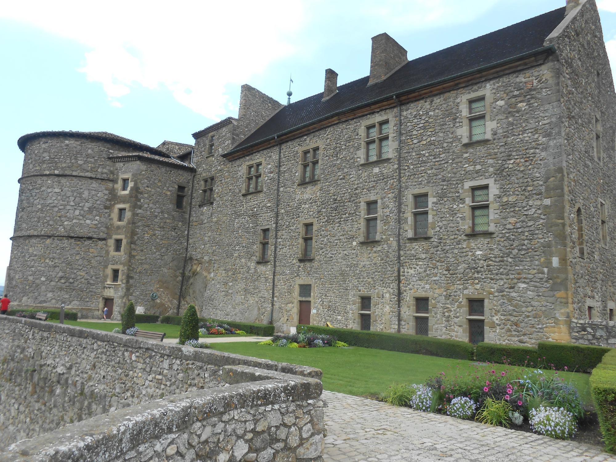 1265-chateau-musee-tournon-ardeche.jpg