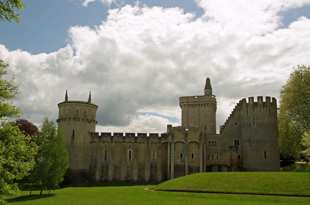 913-chateau-guillaume-lignac-indre.jpg
