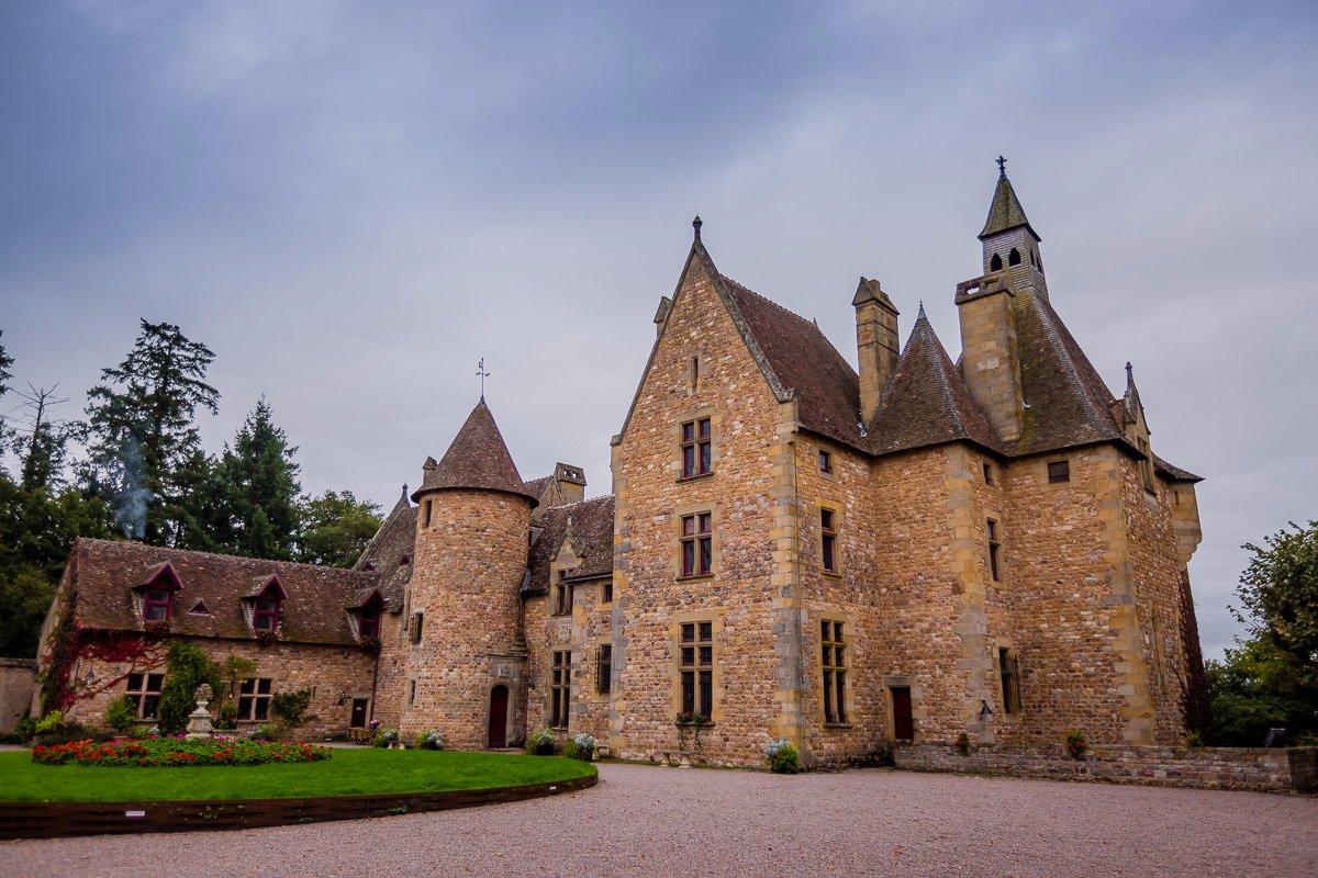 926-chateau-de-peufeilhoux-allier.jpg