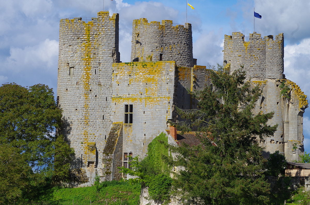 931-chateau-bourbon-archambault-allier.jpg