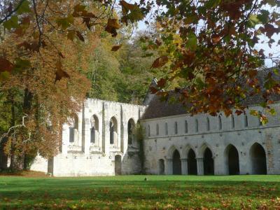 28-abbaye-de-fontaine-guerard.jpg