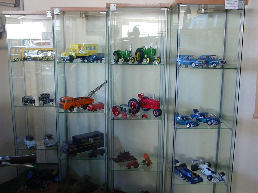 musee-de-salviac-maquettes-vehicules.jpg