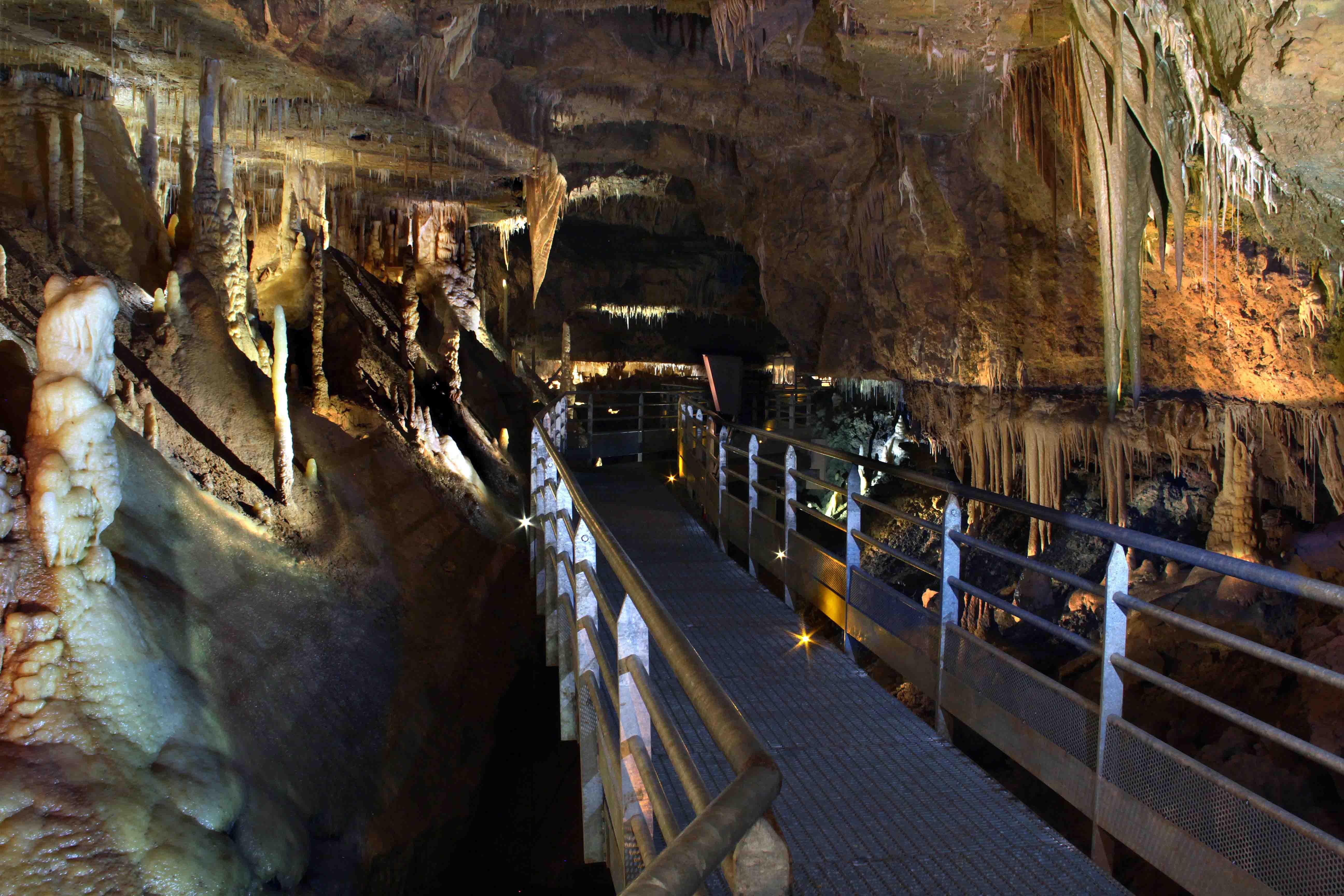 grotte-de-tourtoirac-accessibilite.jpg