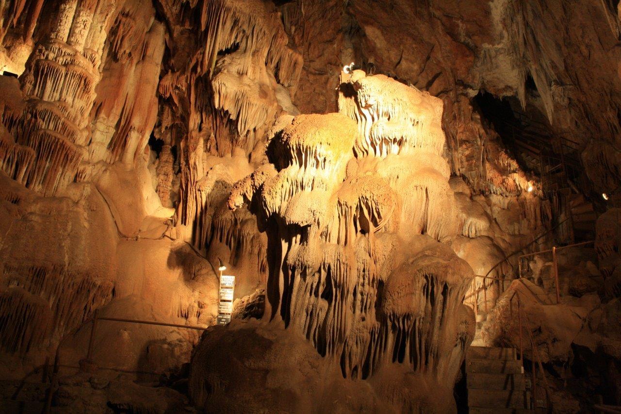 45-grotte-aven-marzal1.jpg