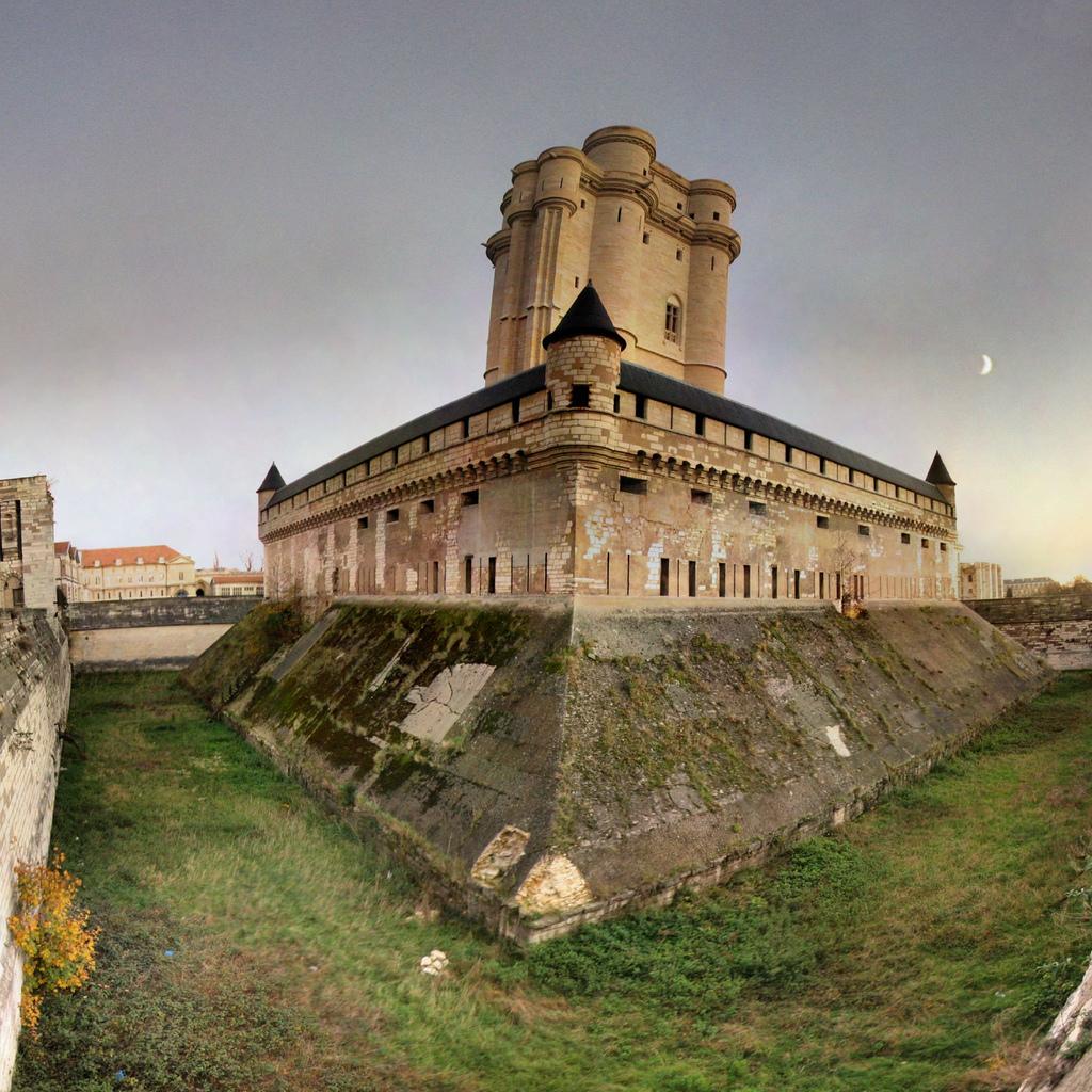 chateau-de-vincennes-panorama.jpg