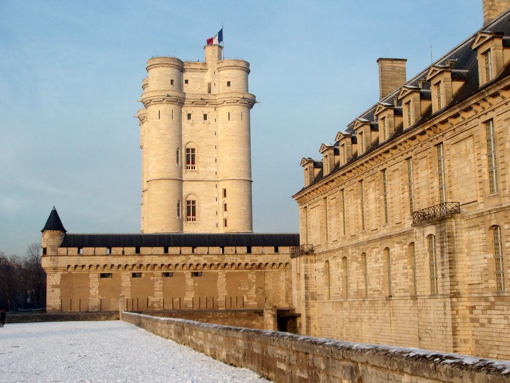 chateau-de-vincennes-3.jpg