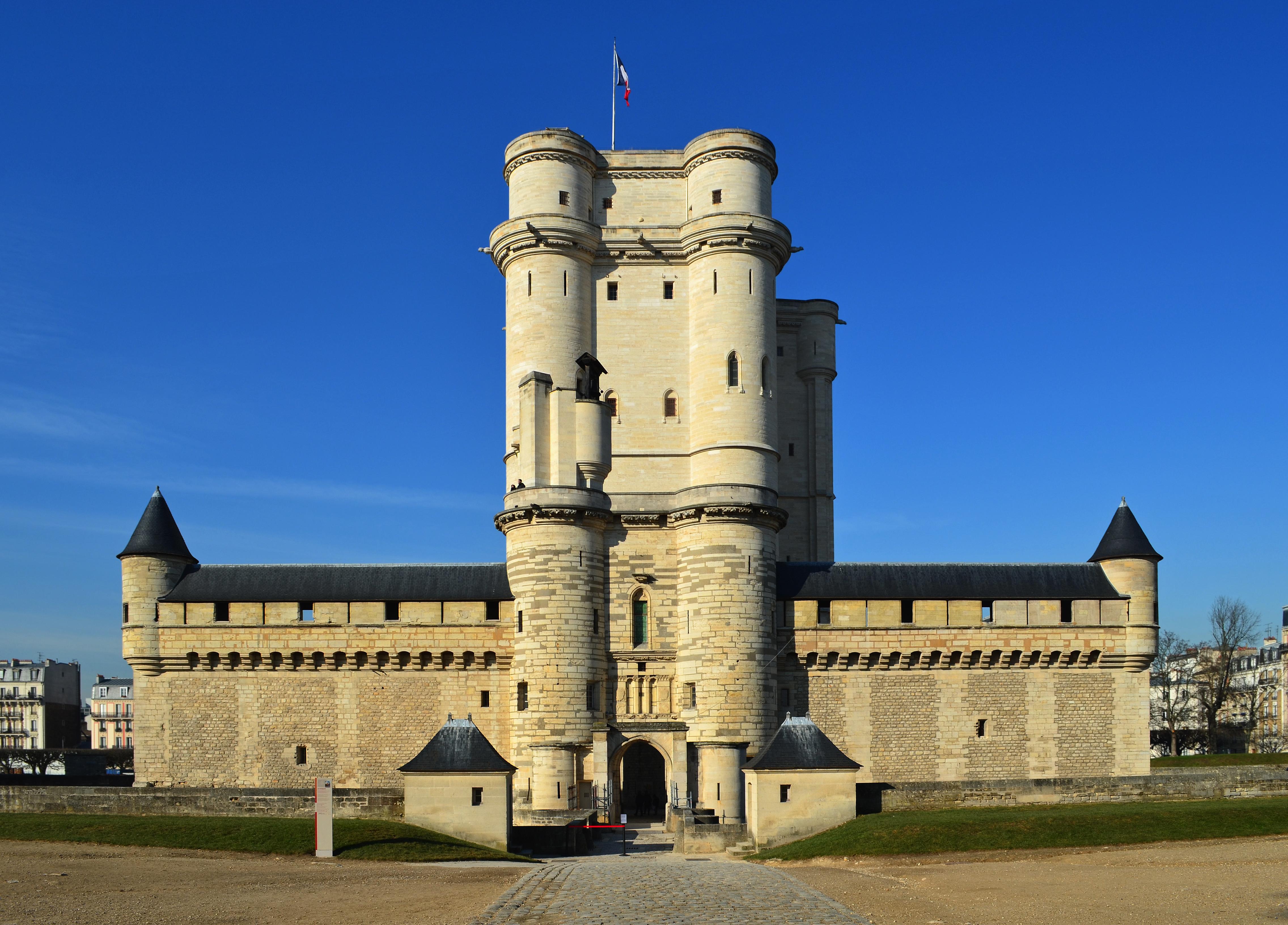 chateau-vincennes-1.jpg