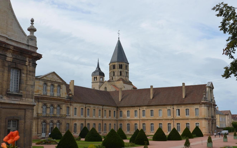 abbaye-de-cluny-4.jpg