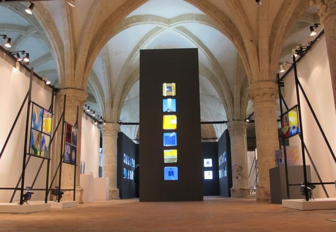 75-musee-du-vitrail-interieur.jpg
