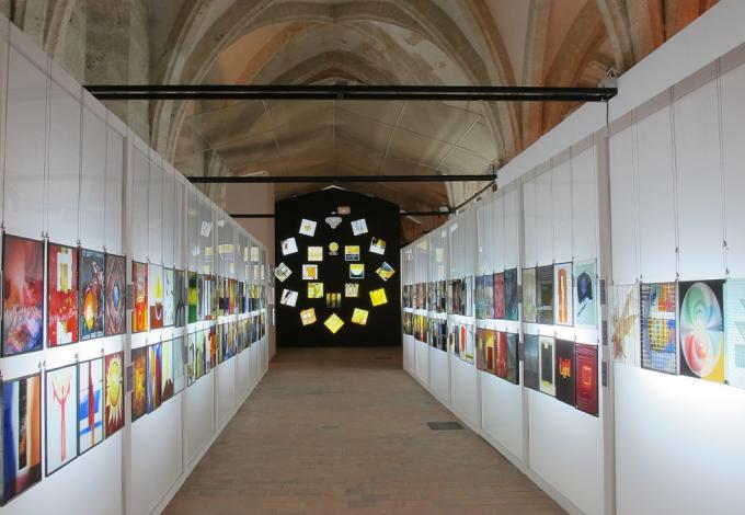 75-salle-gothique-musee-du-vitrail.jpg