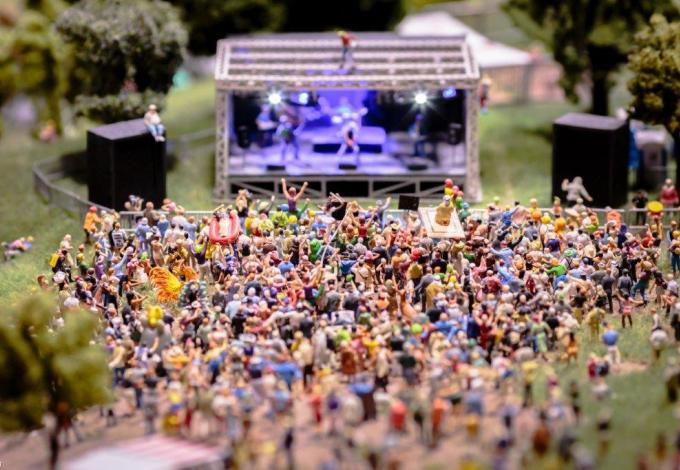 mini-world-lyon-concert.jpg