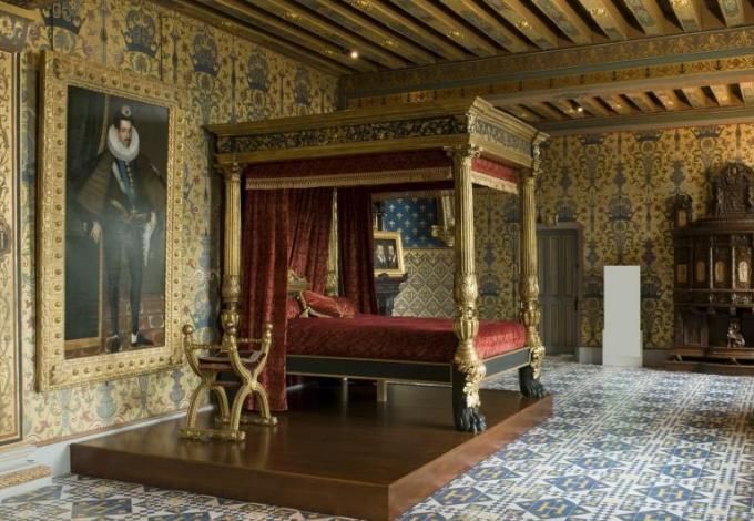 chateau-blois-chambre-du-roi.jpg
