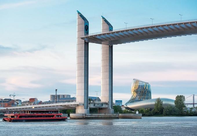 101-bordeaux_river_cruise_pont_chaban_delmas_1.jpg