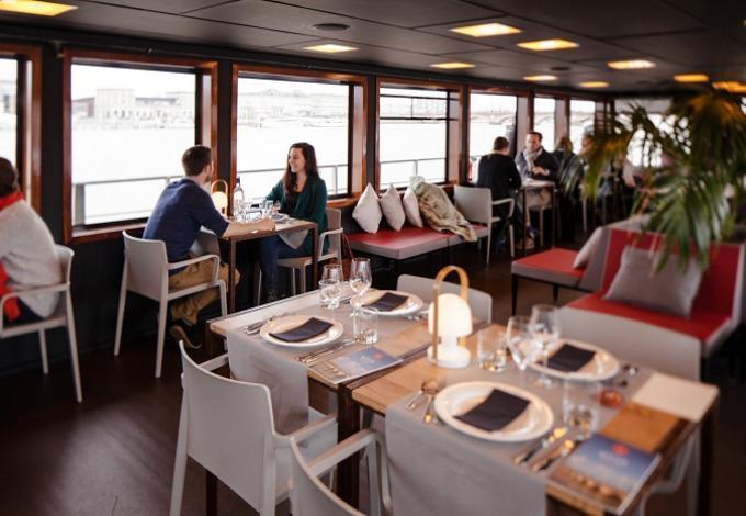 101-bordeaux_river_cruise_restaurant-1.jpg