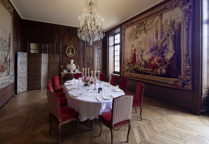 102-chateau-de-breteuil-la-salle-a-manger.jpg