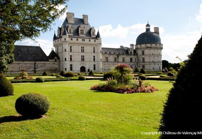 96-chateau-valencay-exterieur-c.jpg