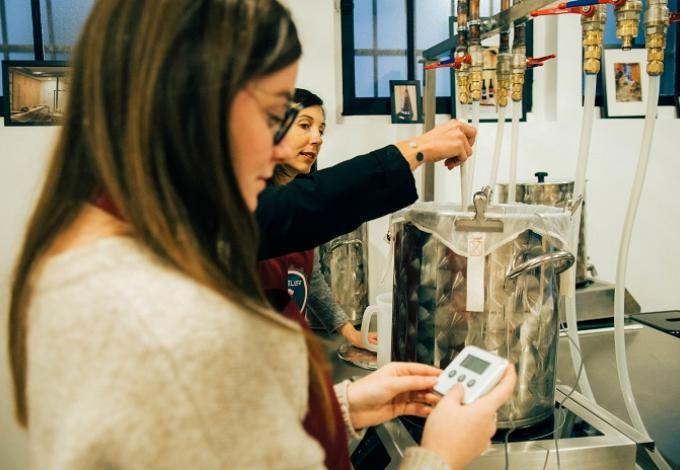 97-cours-demonstration-atelier-biere-1.jpg