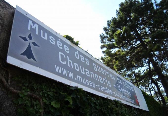 140-musee-de-la-chouannerie-plouharnel-morbihan.jpg