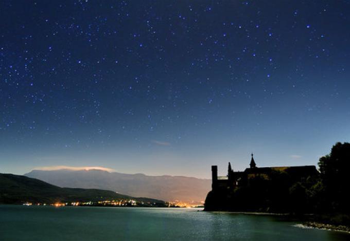 220-abbaye-d'hautecombe---vue-de-nuit.jpg