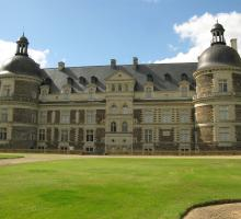 576-chateau-de-serrant.jpg