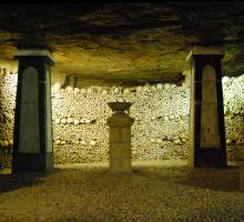 630-catacombes_de_paris.jpg