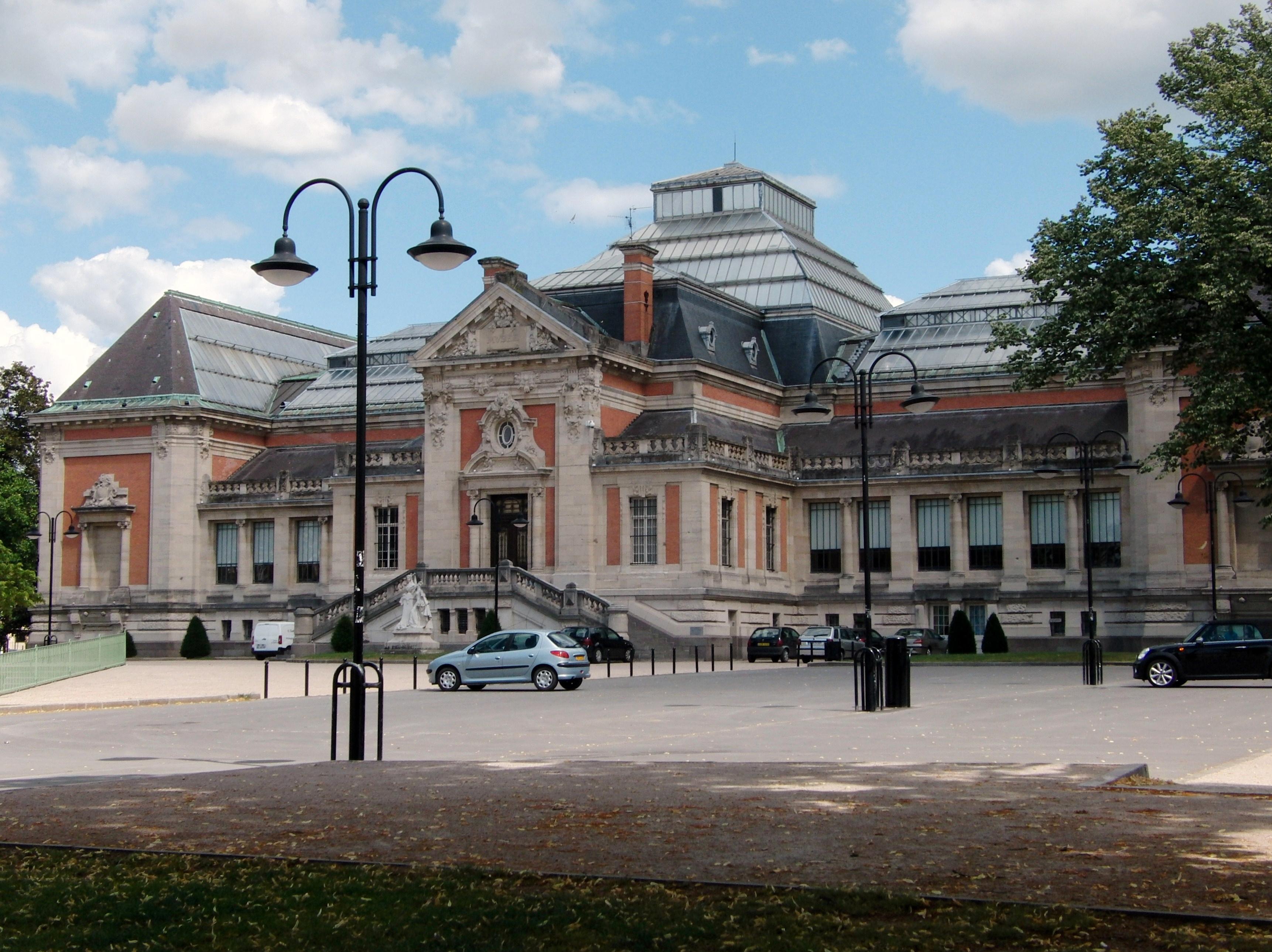 263-valenciennes_facade_du_musee_des_beaux-arts.jpg