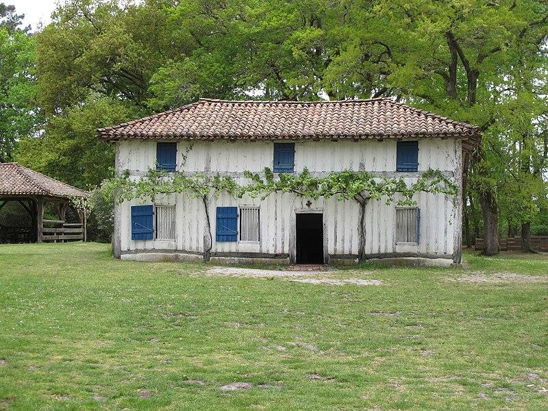 353-maison_du_metayer_Ecomusee_de_marqueze.jpg