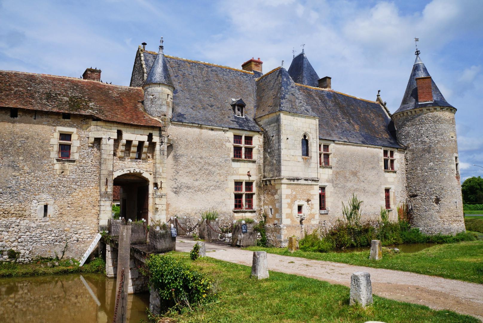 391-chateau_de_chemery.jpg