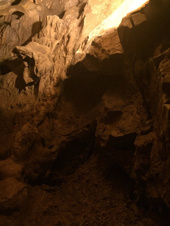 515-la-grotte-de-villars.jpg