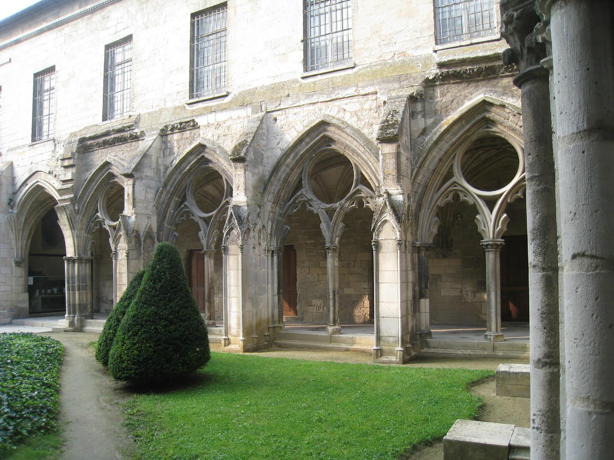 539-musee-st-leger-soissons-aisne.jpg