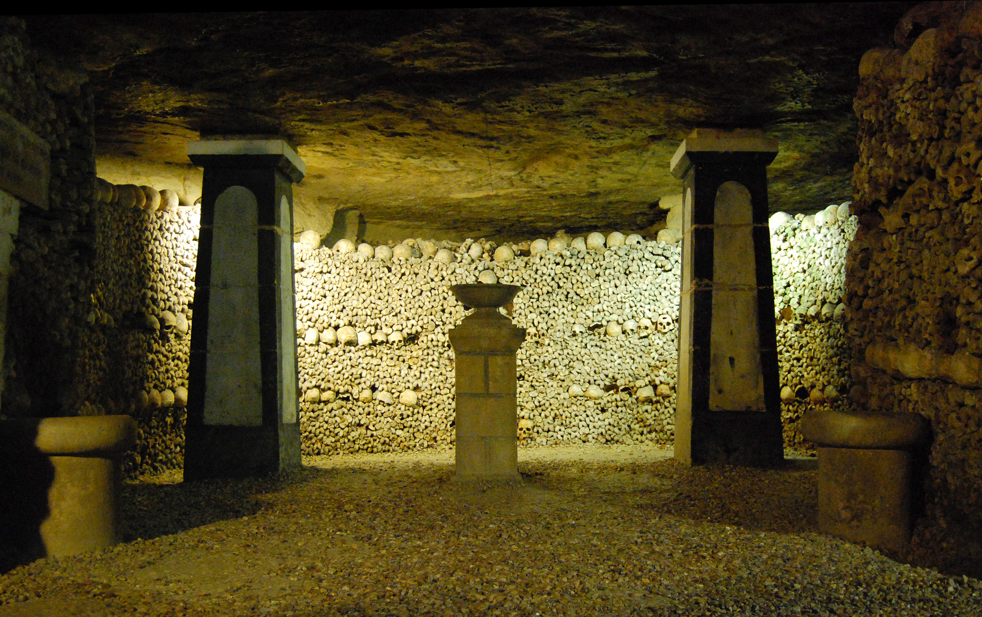 630-catacombes_de_paris.jpg