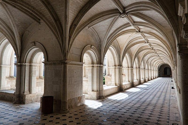 725-abbaye-fontevraud-cloitre-du-grand-moutier-maine-et-loire.jpg