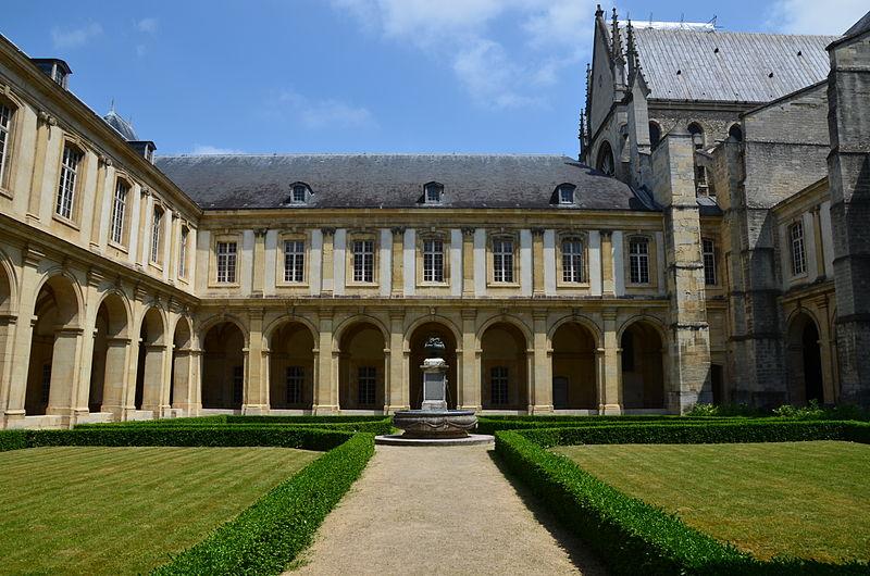 790-musee-saint-remi-reims-marne.jpg