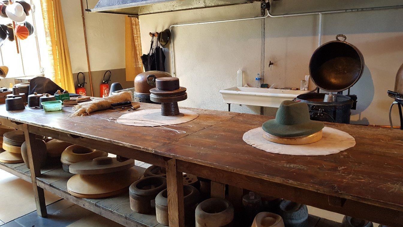 1354-musee-du-chapeau-42.jpg