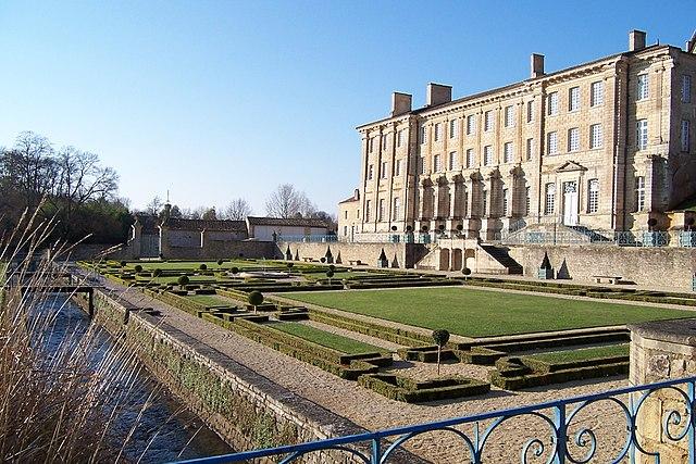 1917-abbaye-royale-celles-sur-belle.jpg