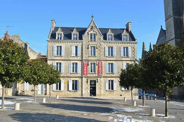 2097-musee-fontenay-le-comte-vendee.jpg