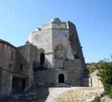 1003-chateau-simiane-la-rotonde-.jpg